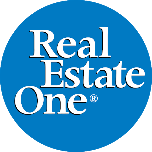Real Estate One - Traverse City - Front St