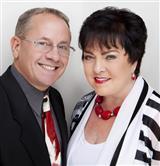 Jon Trunk & Bonnie Davis