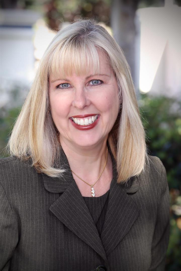 Judy Barr