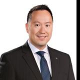 Stephen Lau, LLB