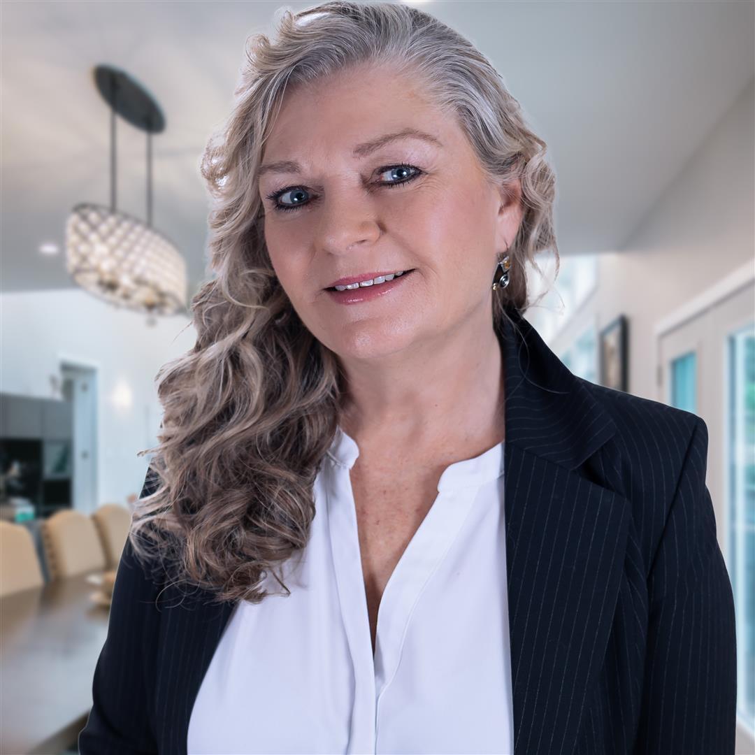 Cynthia Doell